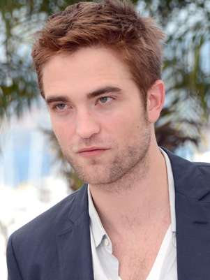 Robert Pattinson sospecha que Kristen tiene un amorío con un amigo. El actor acusa a Agnelli de acostarse con la actriz de 22 años y hasta le llamó de madrugada para cuestionarle si la ha tocado. Foto: Getty Images