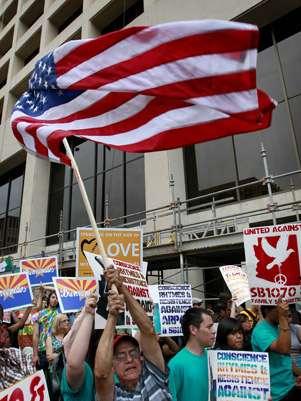 Un grupo de inmigrantes protesta contra la Ley Arizona. Foto: AP