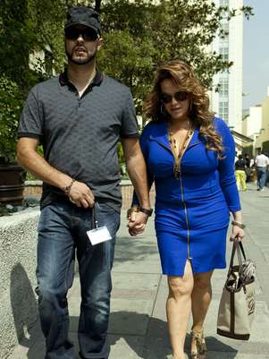 Esteban Loaiza no fue al funeral de Jenni Rivera Foto: Getty Images