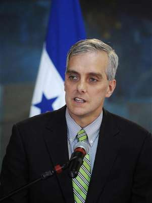 U.S. Deputy National Security Advisor Denis Mcdonough addresses the media in Tegucigalpa November 28, 2012. Macdonough is in Honduras on an official visit. Foto: Jorge Cabrera / Reuters