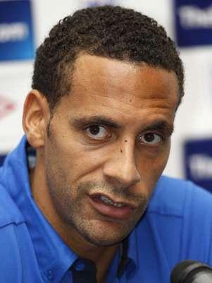 Ferdinand se recupera de una lesíon en la espalda. Foto: AFP