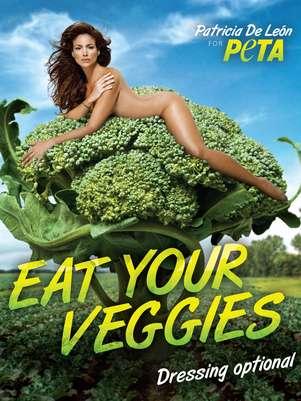 La actriz panameña Patricia de León se desnuda para promover la dieta vegana Foto: PETA