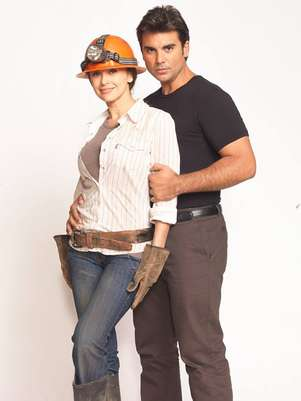 Aracely Arámbula protagoniza junto a Jorge Luis Pila la telenovela 'La Patrona'. Foto: Telemundo