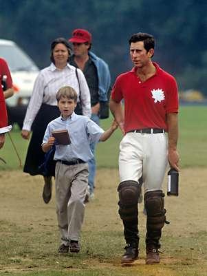 Jessie Webb, el príncipe Carlos de Gales y el príncipe Guillermo. Foto: Gtres