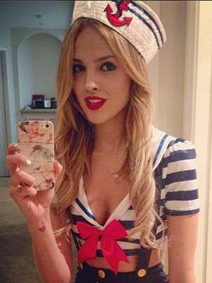 Este fue el disfraz elegido por Eiza para la fiesta en Los Ángeles. Foto: Instagram eizagonzalez