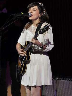 Natalia Lafourcade señala que su nuevo álbum cuenta con colaboraciones, como la del cantante Kevin Johansen. Foto: Clasos