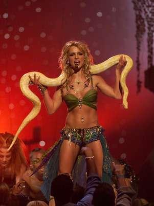 Britney Spears se pregunta sobre esta serpiente con la que actuó hace 10 años. Foto: Getty Images