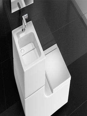 El Roca W+W, ejemplo de diseño sustentable, junta dos muebles de baño para aprovechar las aguas del lavabo en el inodoro.  Foto: EFE en español