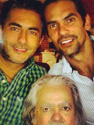 A Raúl Araiza Cadena le sobreviven sus hijos Raúl y Armando Araiza, producto de su matrimonio con la actriz Norma Herrera. Foto: Twitter