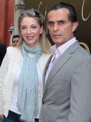 Edith González y Humberto Zurita protagonizarán la telenovela 'Vivir a Destiempo' de TV Azteca. Foto: Clasos