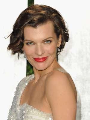 Milla Jovovich y otras estrellas se preparan con tratamientos para ;a entrega del Oscar  Foto: Getty Images