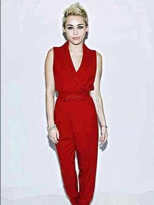 Miley Cyrus ya había sido captada usando esa droga. Foto: Reforma