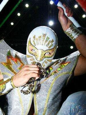 Místico impuso su lucha ante Último Guerrero. Foto: Cortesía CMLL