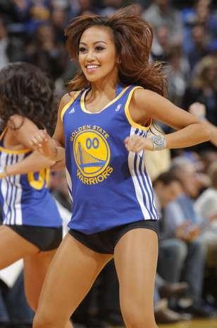 Fotos de hermosas cheerleaders que le ponen el lado hot a la NBA ...