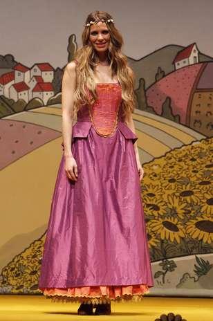 Vanesa romero estrena la obra de teatro que rechaz miren for Miren ibarguren ropa interior