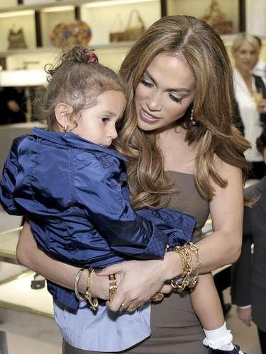 Jennifer López ha comentado varias veces las virtudes de sus hijos, y asegura que Emme tiene dotes de cantante.
