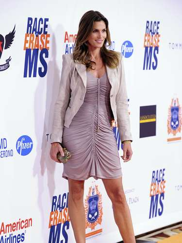 CINDY CRAWFORD. TALLA: 10.5