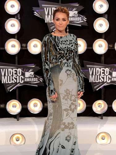 En el 2011, además de pasar por algunos momentos 'vergonzosos', Miley hizo un tour internacional que incluyó América Latina y Australia.