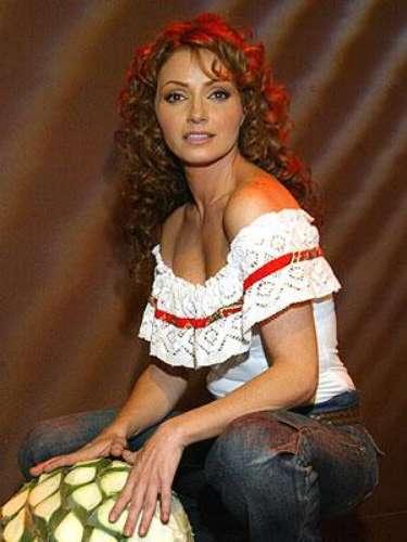 Angélica Rivera.-En 'Destilando Amor', la actriz compartió créditos con Eduardo Yañez.