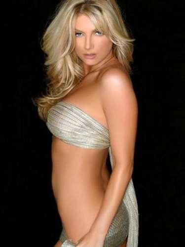 Brande Roderick, modelo de Playboy, es la esposa del defensivo Glenn Catrez, quien jugó 11 años en la NFL