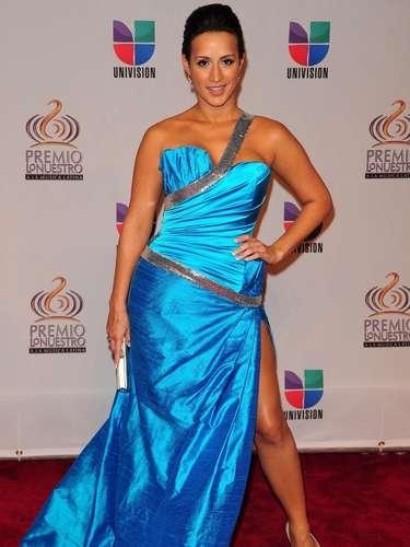 Melissa Mardy - Se vienen los Premios Lo Nuestro A La Música Latina y para ir calentando el ambiente te traemos los escotes más llamativos  y sensuales que han llevado las espectaculares féminas a través de los años en su paso por la alfombra roja en la gran fiesta de la música latina.