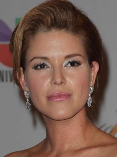 Alicia Machado and her beautiful face are giving us flashbacks to her Miss Venezuela days.