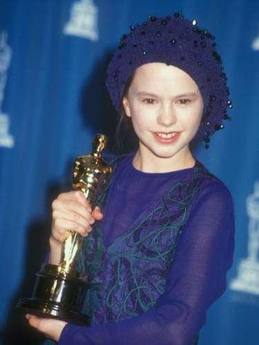 Anna Paquin consiguió un Oscar a los 11 años por su papel en la cinta 'The Piano'. Paquin ganó en la categoría Actriz de Reparto.