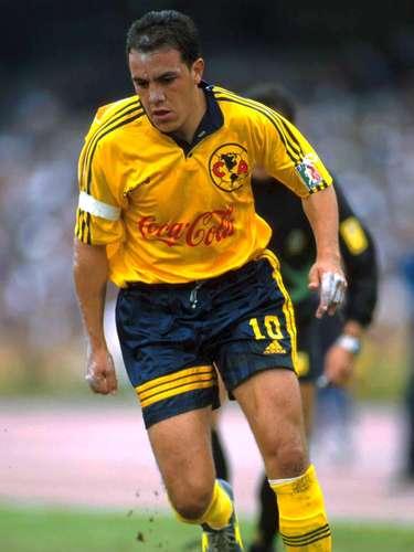 Cuauhtémoc Blanco fue campeón de goleo con América en el Torneo Invierno 1998 con 16 goles.