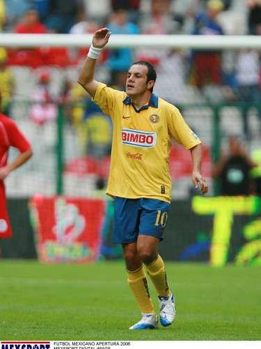 Cuauhtémoc Blanco ganó la Copa de Campeones de la Concacaf al vencer a Toluca en el 2006.