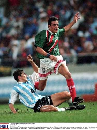 Cuauhtémoc Blanco jugó con México los Juegos Panamericanos de Mar del Plata 1995. Ganaron la medalla de plata al perder en penales contra Argentina.