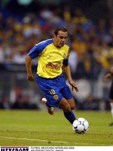 Cuauhtémoc Blanco fue suspendido un año de toda competencia de Conmebol, después de los incidentes del Estadio Azteca en el partido de vuelta contra el São Caetano correspondiente a la Copa Libertadores 2004.