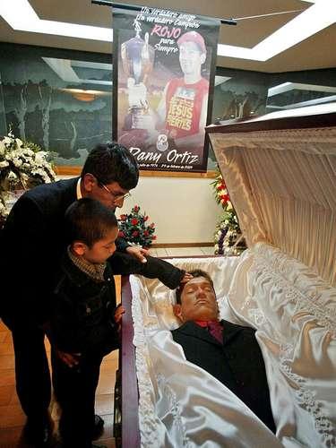 Dos horas después de que Danny Ortiz fue llevado al hospital, pierde la vida, lo que generó una gran conmoción en Guatemala.