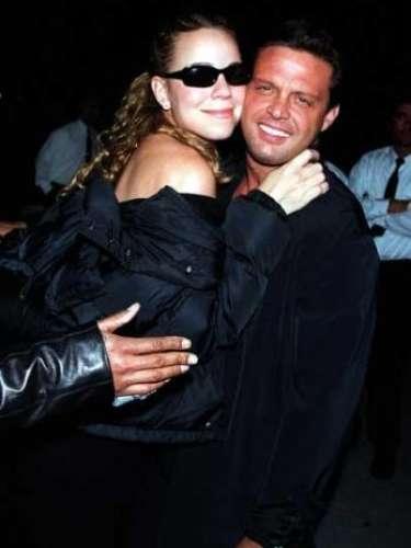 Mariah Carey y Luis Miguel vivieron un intenso romance que duró tres años. Tras la ruptura, Mariah sufrió una crisis nerviosa y aunque nunca reconoció que fue por el distanciamiento con Luismi, muchos creen que la separación le rompió el corazón a la cantante.