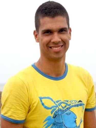 Jhon Alexander Jiménez - Cafeteros: Es profesor de educación física en un colegio de Pereira, pero su gran sueño es ser jugador profesional de voleibol. Es muy regionalista, y considera que Risaralda esta por encima de las demás regiones de Colombia. Es un ser tranquilo y un líder nato, y la principal consigna de su vida es no aceptar la derrota.