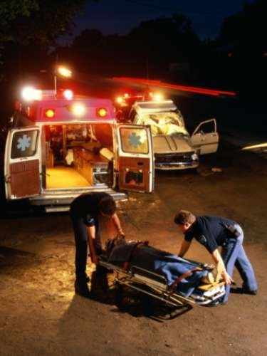 Asimismo se reportó que en 2009 se registraron al menos dos personas muertas y aproximadamente 8,800 lesiones a causa de accidentes relacionados con la pirotecnia.