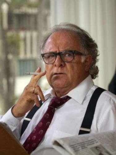 Director de un reconocido diario en Colombia, vivió de cerca el terror del narcotráfico por destapar las fechorías y hablar sin tapujos, en sus páginas, de Escobar.