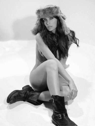 La joven es además de modelo una socialité, estrella de un reality show que comparte con LuisMi su gusto por la buena vida.