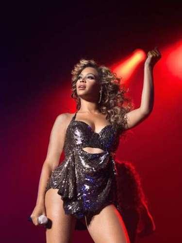 La revista People, seleccionó a Beyoncé, como la mujer más hermosa del mundo en el 2012.
