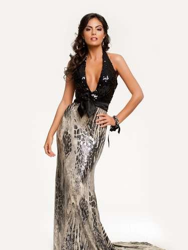 Miss Universo 2010 . Ximena Navarrete de México, estudiante de Licenciatura en Nutrición obtuvo, el 23 de agosto de ese año, el título entre 82 participantes que acudieron al encuentro.