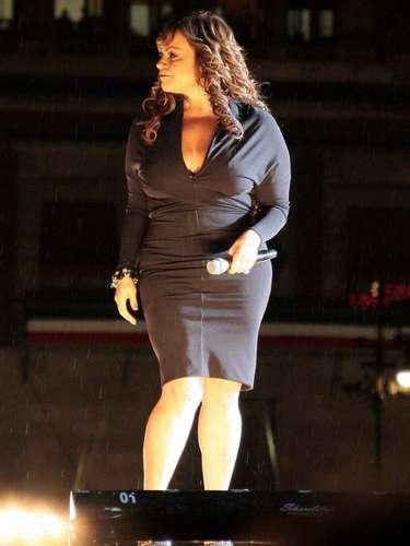 La hermana de Lupillo Rivera dio voz a los temas del disco, 'Joyas Prestadas' -su última producción-, entre ellos, 'A Cambio de Qué', 'Así Fue' y 'Basta Ya'.