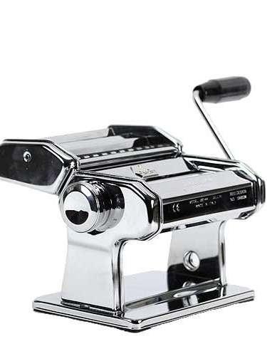 Máquina para hacer pasta para que descubra el chef que vive en él -110 dólares.