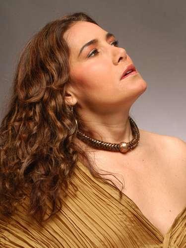 Tania Libertad, quien junto a dos cantantes más rendirá un homenaje a la icónica cantante Chavela Vargas el próximo 27 de noviembre en el Carnegie Hall, teatro donde la cantante debutó en 2003. El tributo a Vargas es parte de la serie \