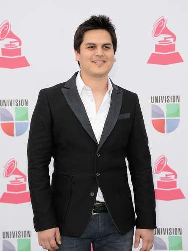 La página Regionalmex.com informó que el cantante Regulo Caro, no fue arrestado, tras los rumores que hablaban de su supuesta detención, pero sin dar mayores detalles. \