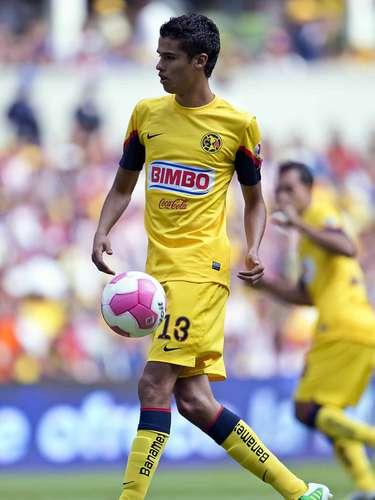 Diego Reyes ya fue comprado por el Porto, pero jugará con América en el Clausura2013