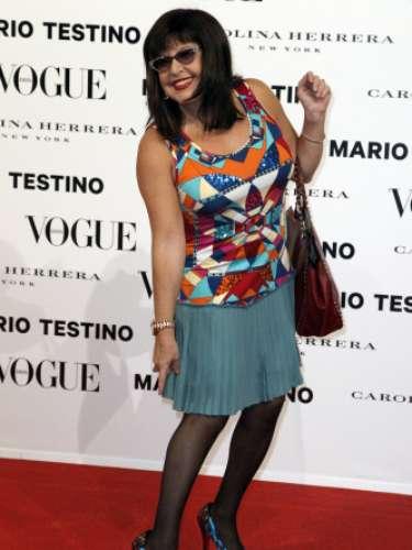 Loles León manifestó su alegría por haber participado en esta sesión de fotografía en la que compartió marco con actrices comoMarisa Paredes.
