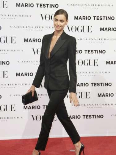 La modelo rusa y novia de Cristiano Ronaldo no dio ninguna pista sobre la aparición sorpresa del fubolista.