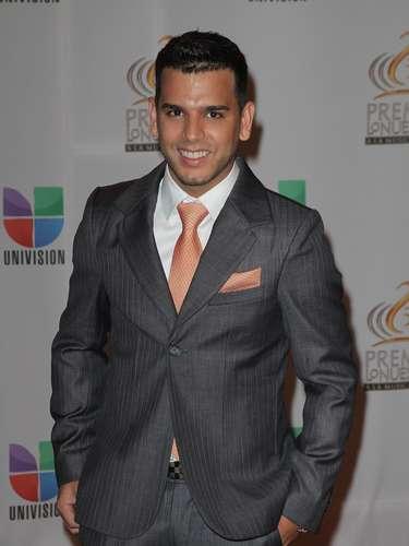 Tito el Bambino participa en el apartado Tropical Contemporáneo por los galardones Artista Masculino del Año y Artista del Año.