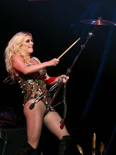 Ke$ha had a grand old time with her cult of dead hot dancers at this year's KIIS FM JIngle Ball in Los Angeles. The singer engaged in some sexy dancing, playing guitar and doing cartwheels, she was just so excited she couldn't contain herself! See the best of the Ke$ha at the show last night (December 3). Her new album Warrior is out now!