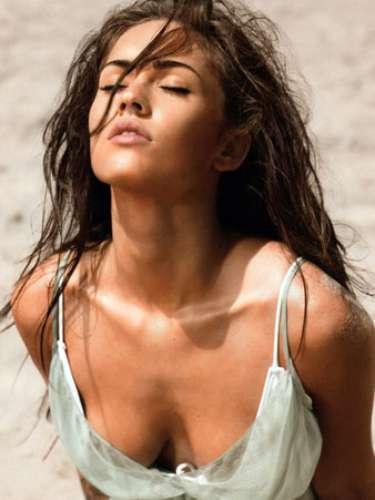 Megan Fox , una mamá primeriza y súper sexy..¿alguien puede negarlo?