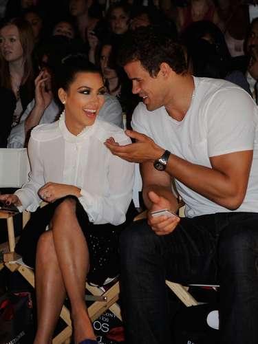 Tardaron más en preparar su boda que en lo que se divorciaron. A tan sólo 72 días de matrimonio, Kim Kardashian y Kris Humphries terminaron su relación y hasta la fecha el divorcio no finaliza